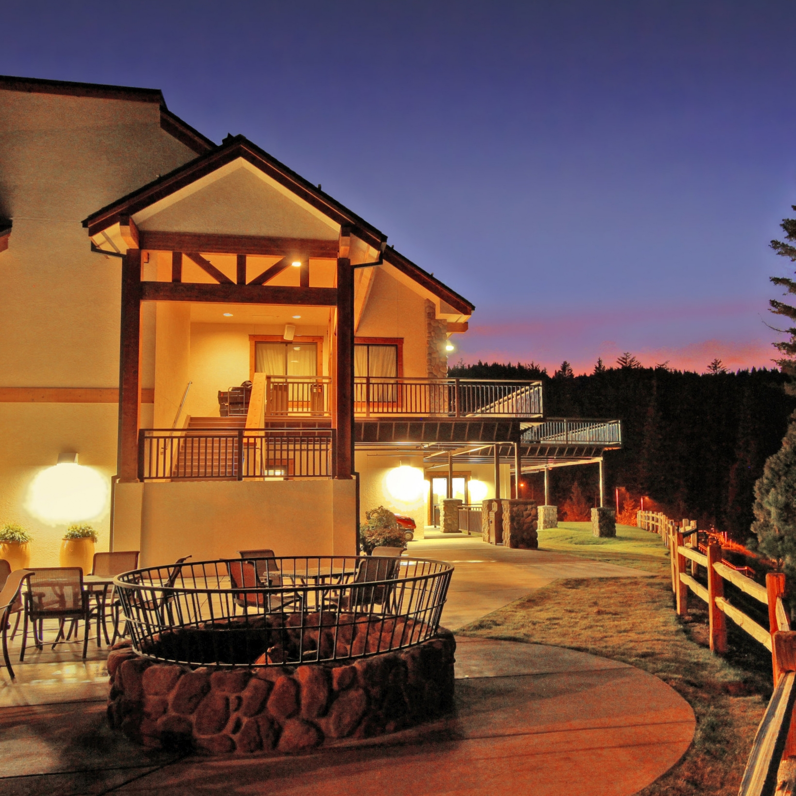Tenaya Lodge at yosemite national park -