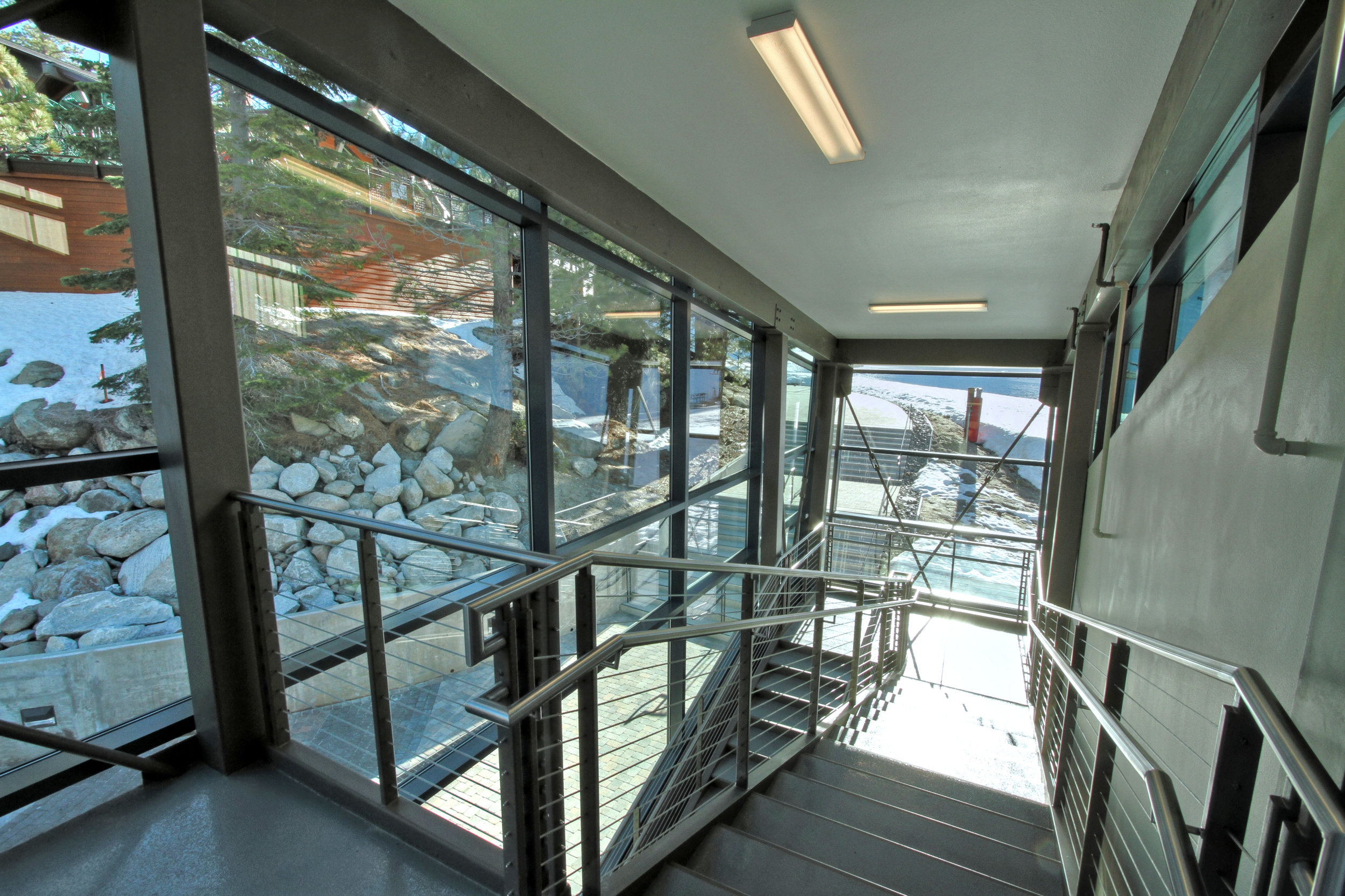 Diamond Peak Interior 177b.jpg