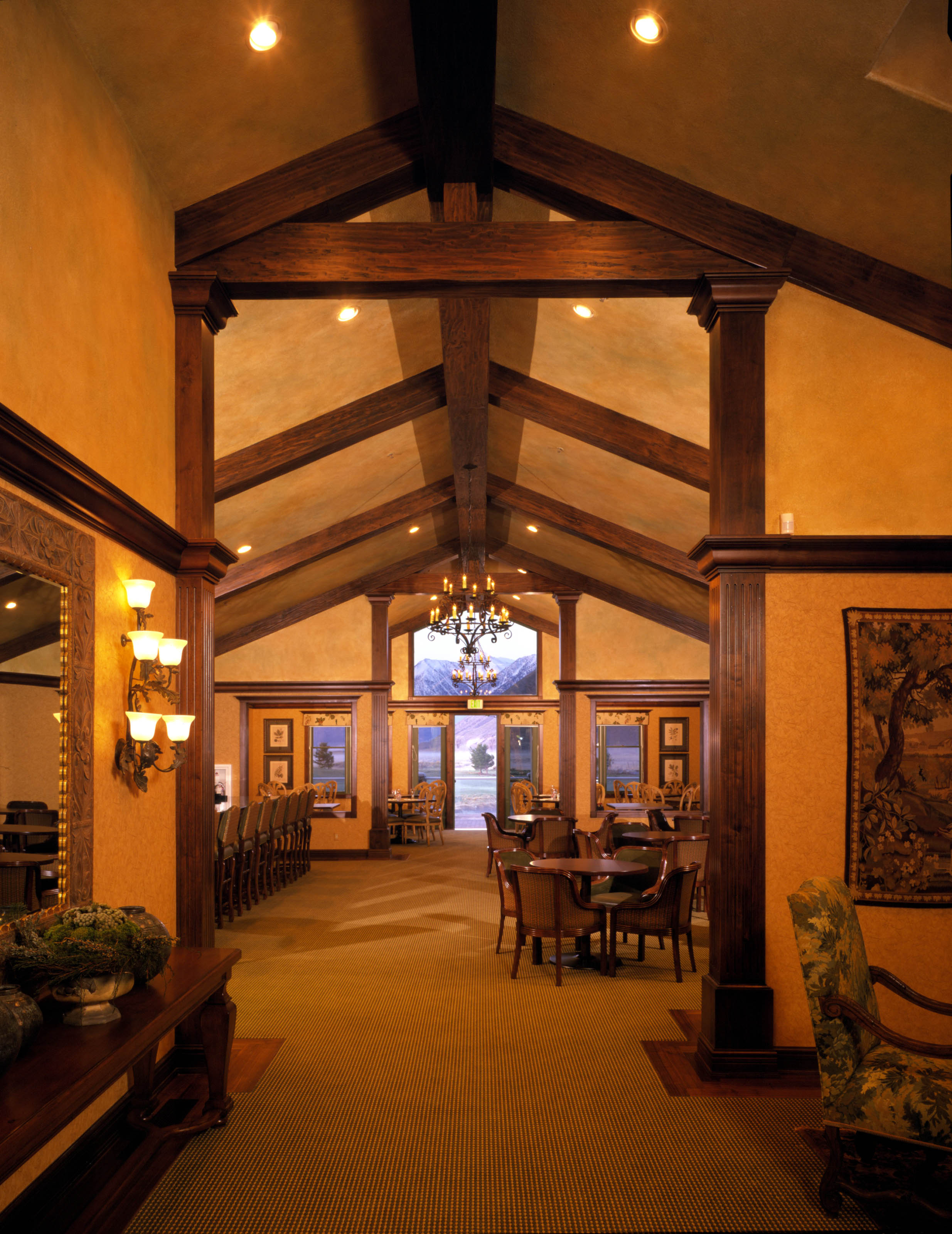 Genoa Lakes Supper Club Interior.JPG