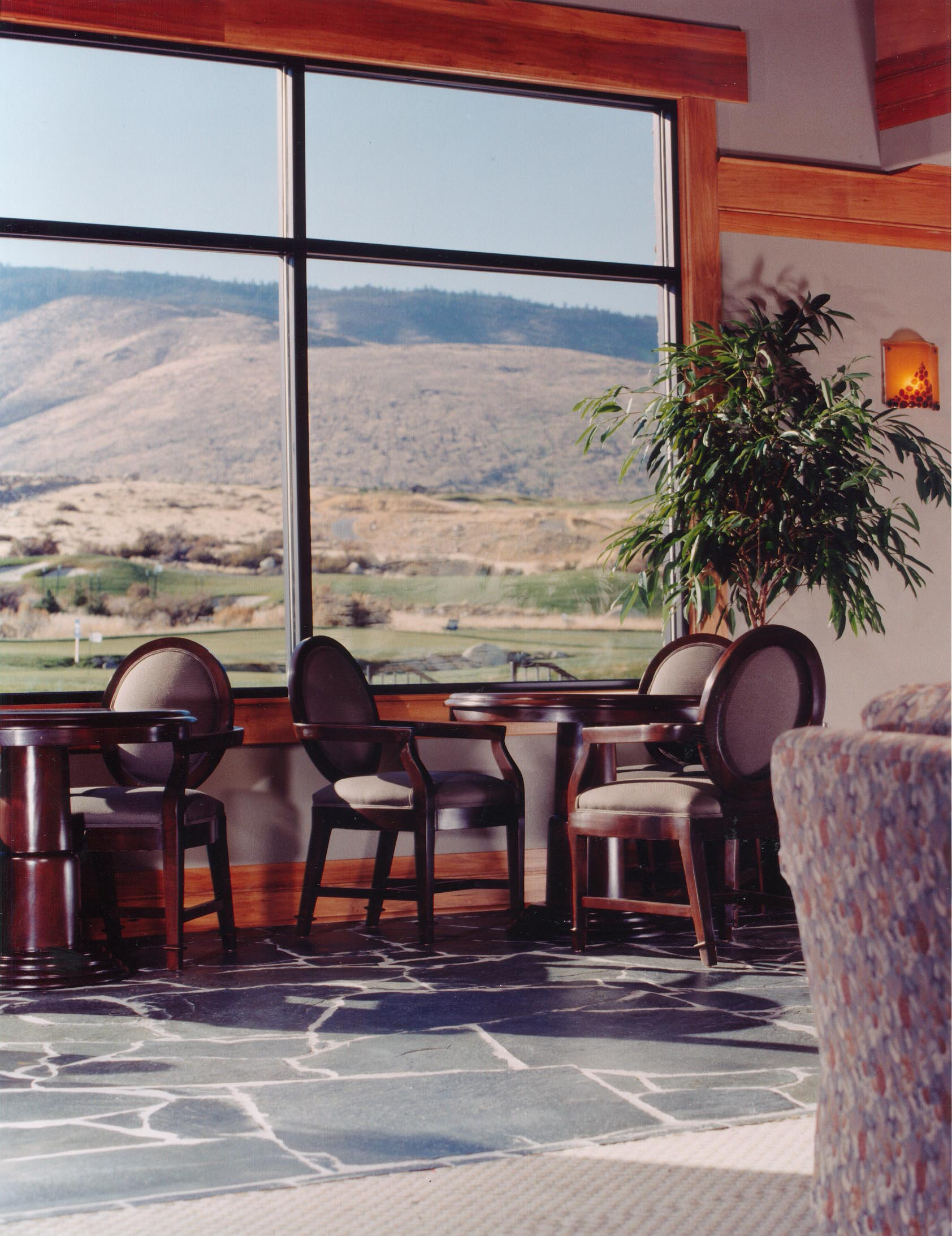 Arrowcreek lounge view.jpg