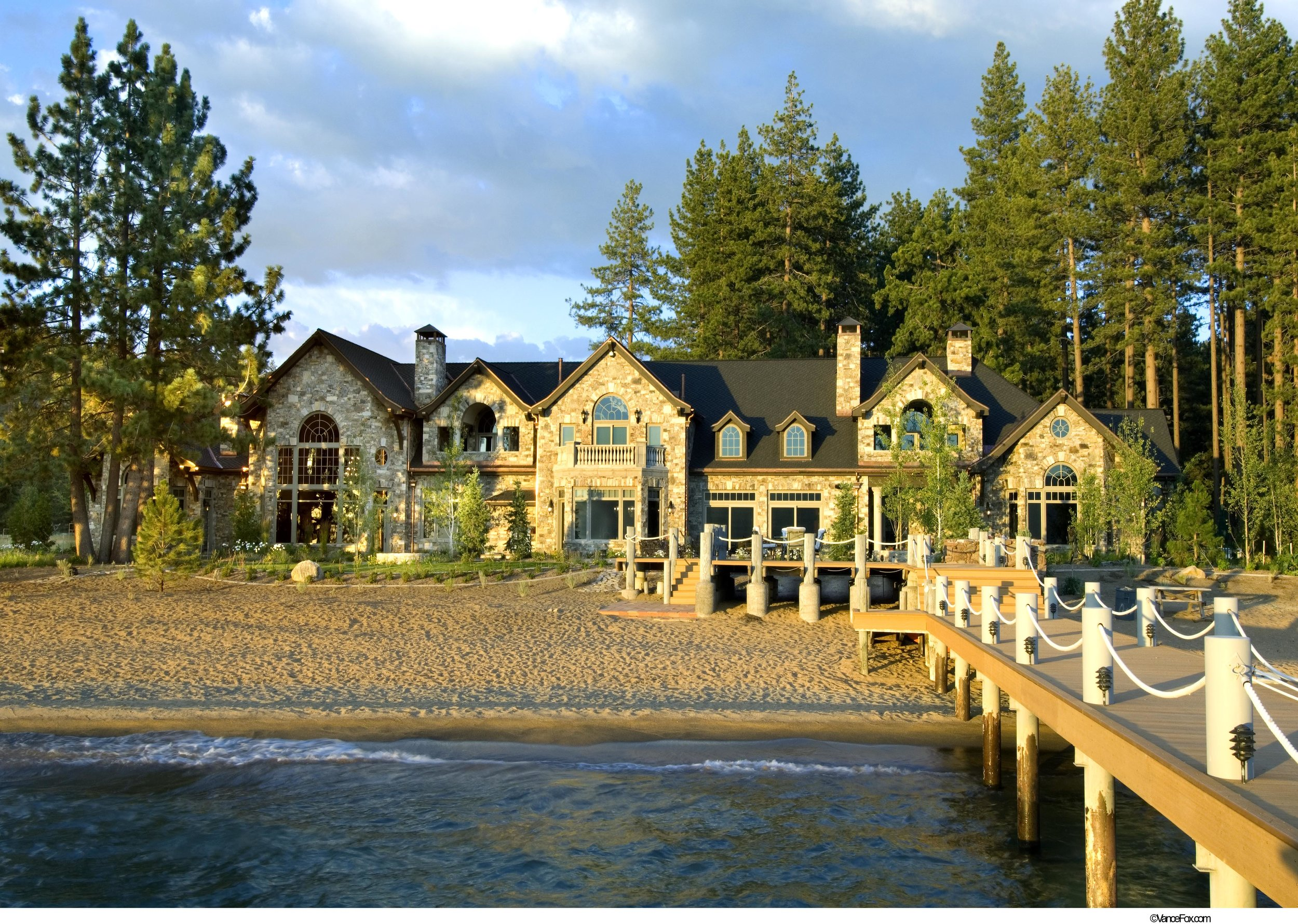 Lakeside Exterior.jpg