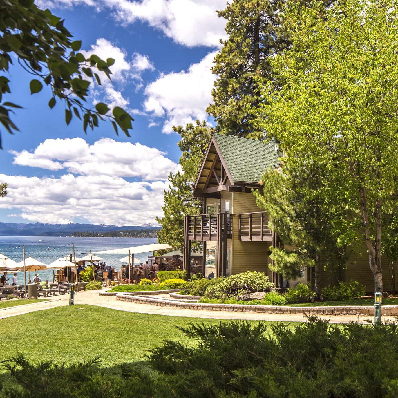 hyatt Lakeside Cottages -