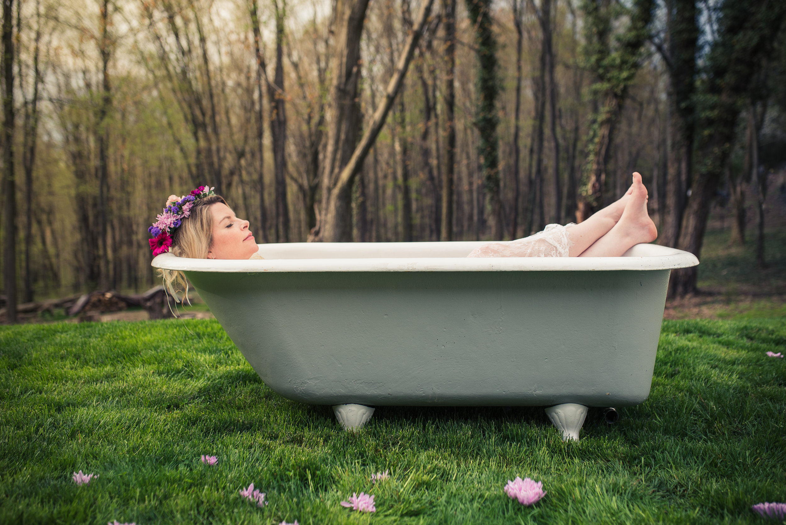 clawfoot tub in pittsburgh photography