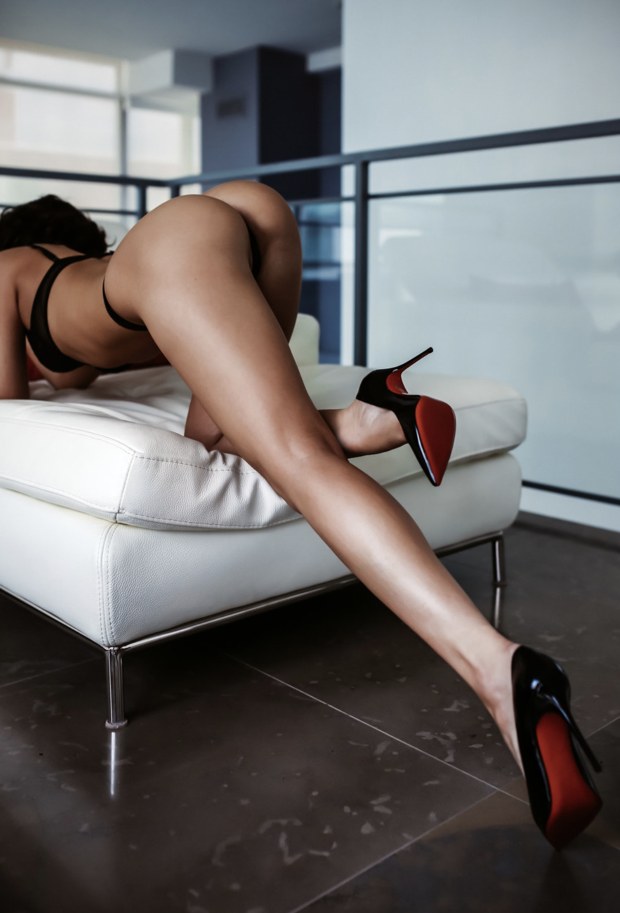 Toronto Escorts  | Toronto  Independent  Escorts | Independent Escorts in Toronto | Elite Upscale VIP Independent Escort in Toronto |  High End  Toronto Escort | Brunette Escort in Toronto  Nadine de Valle is an elite upscale  independent escort  based in  Toronto , Canada available for discreet incall and outcall dates in downtown Toronto and the GTA (Vaughan, Markham, Oakville, Richmond Hill, North Toronto, Etobicoke). Nadine is also available for  duos , dinner dates, luxury FMTY (fly me to you) travel engagements, and monthly arrangements.