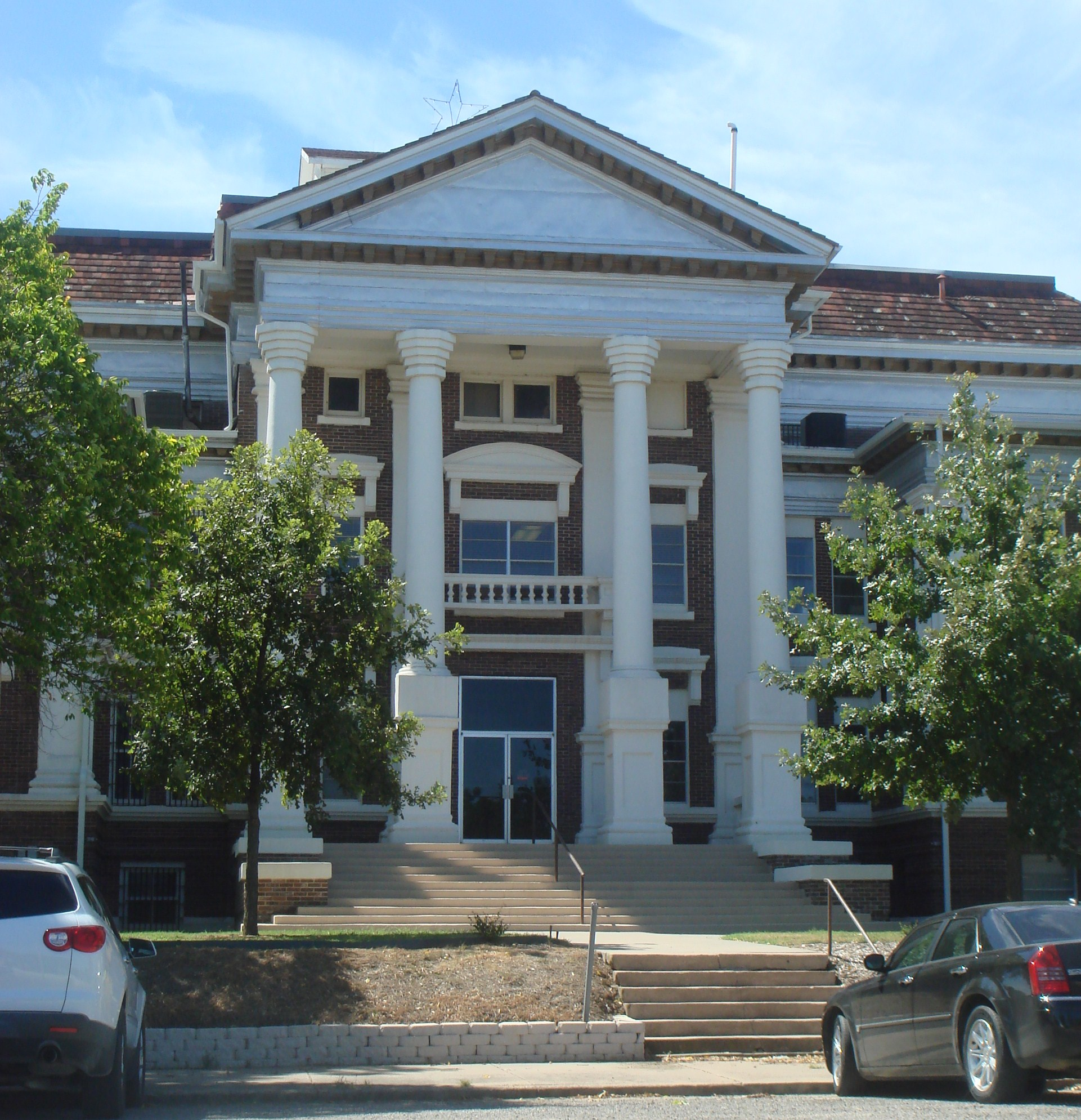 MontagueCty Courthouse.JPG