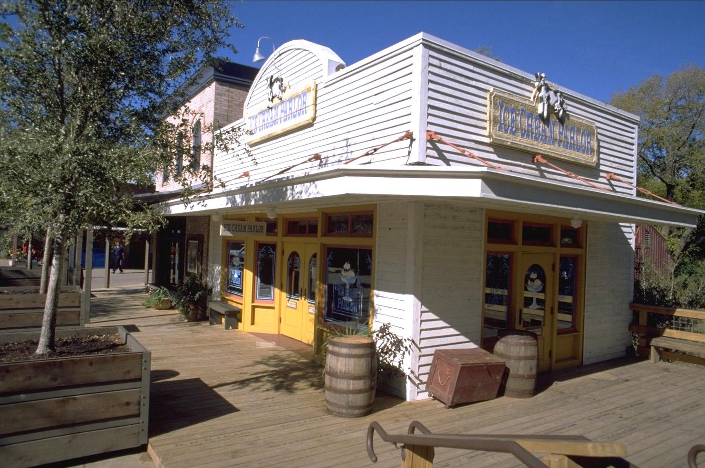 Fort Worth Zoo- Texas Wild 2.jpg