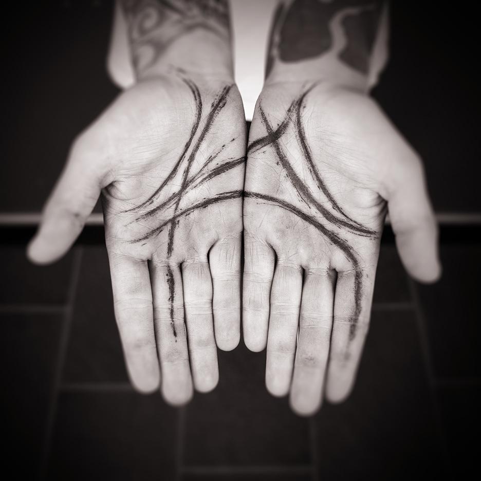 josh_hands-001_small.jpg