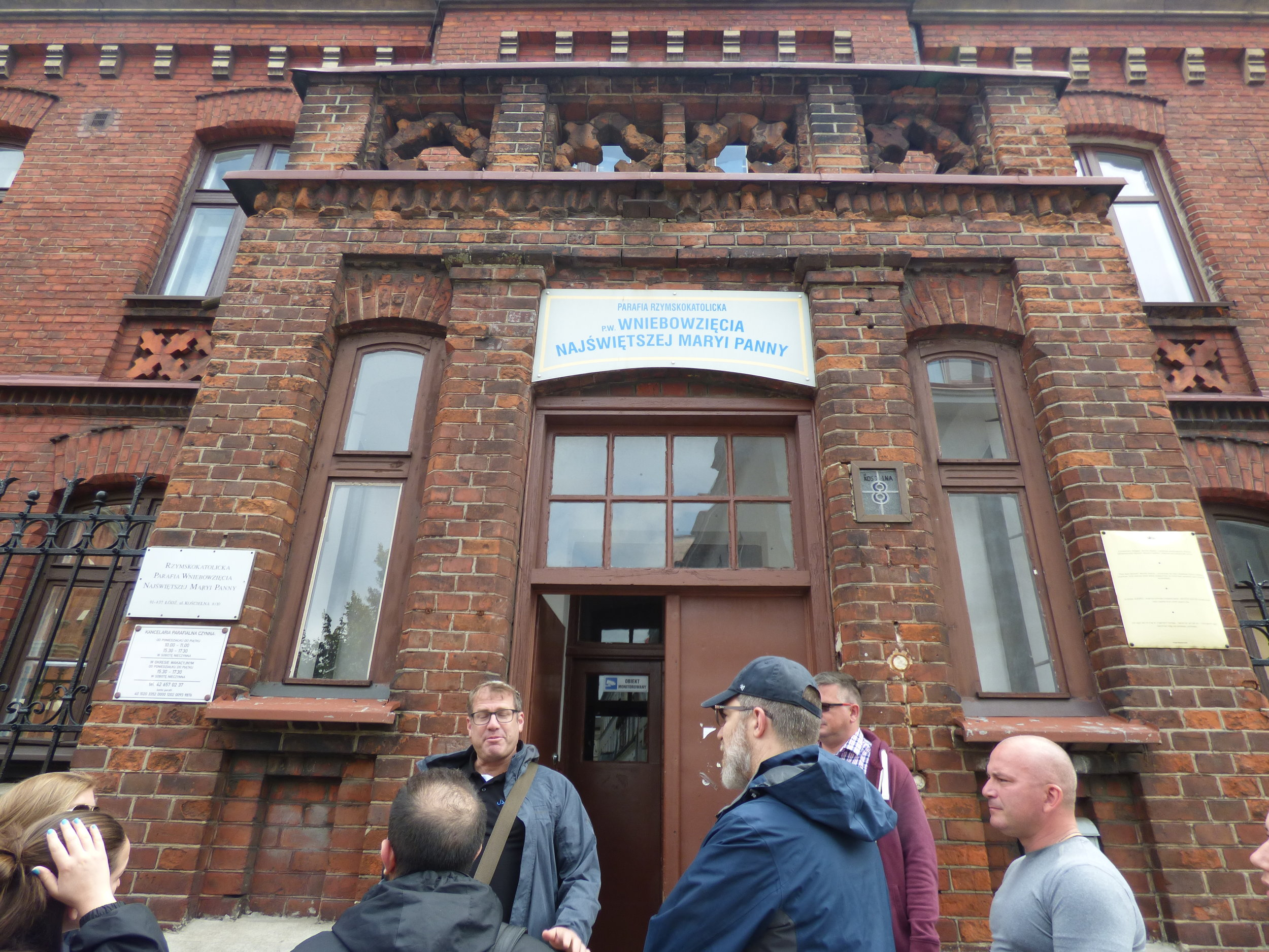 Outside the Rote Haus (The Red House) where the Kripo & Jewish police worked/lived + the dungeons below.