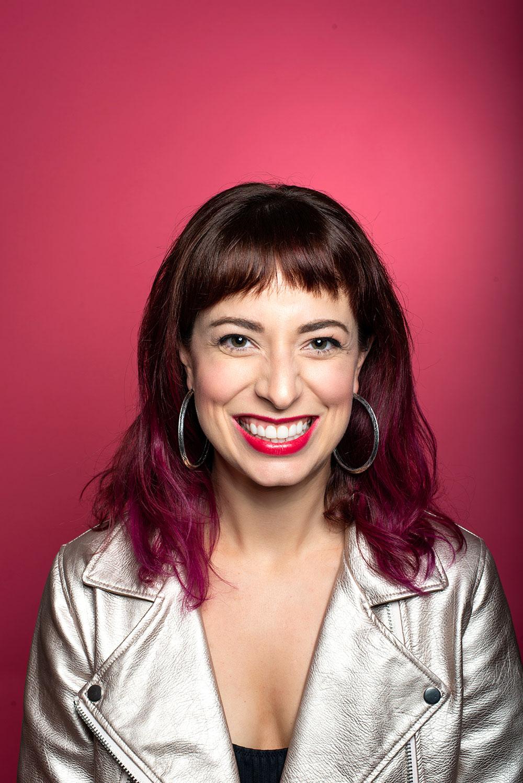 sarah-barenberg-smile-headshot.jpg