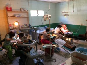 Las Dentistas – three chairs at full speed, each dentist saw an average of twenty patients per day, for extractions and now, fillings and cleanings too!
