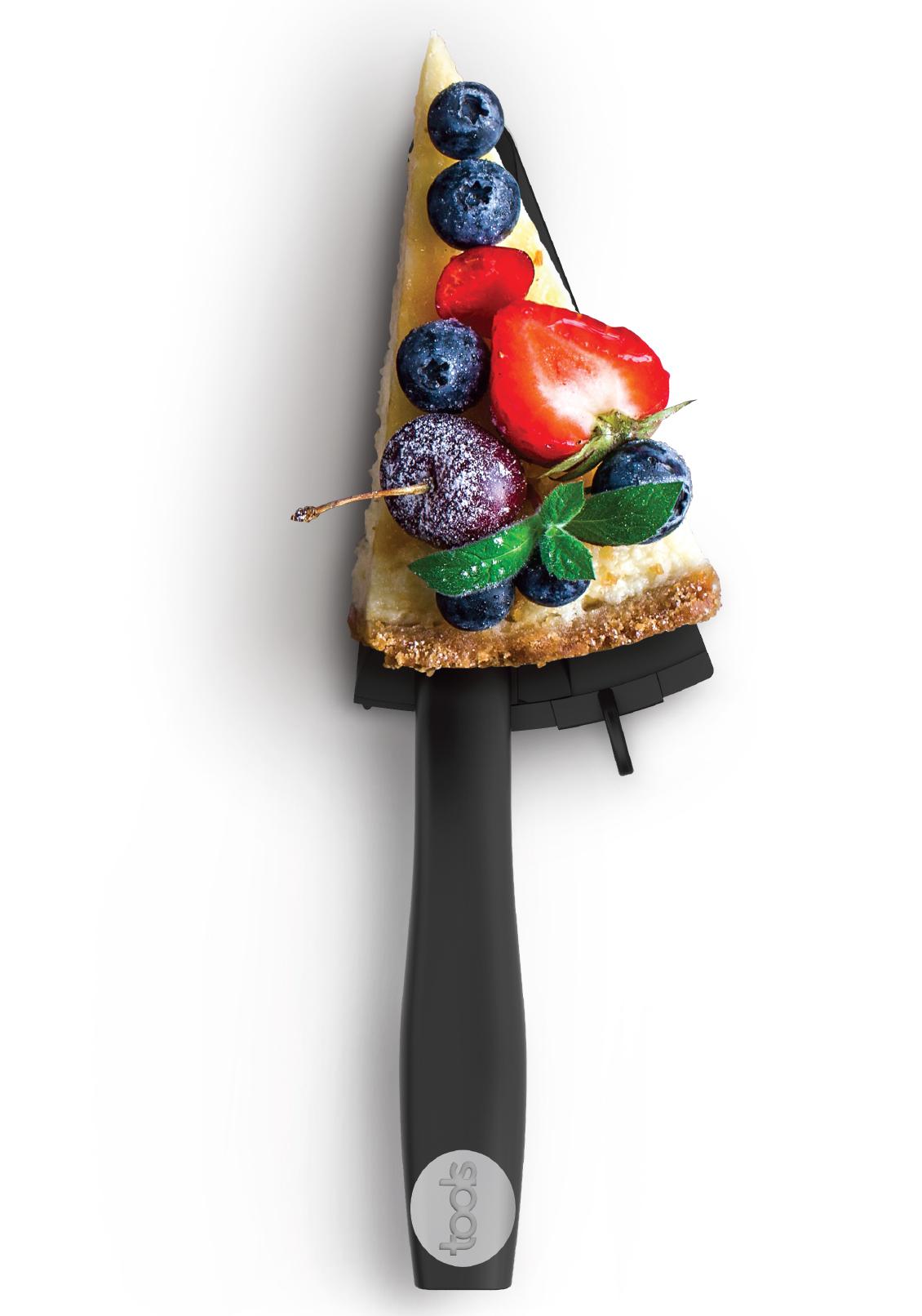 FLEXCAKE - • Résistance à la chaleur 220°C / 420°F• Se positionne vers la droite ou la gauche• Bord dentelé pour découper votre tarte• Facilement démontable500307 FLEXCAKEPelle à tarte extensible