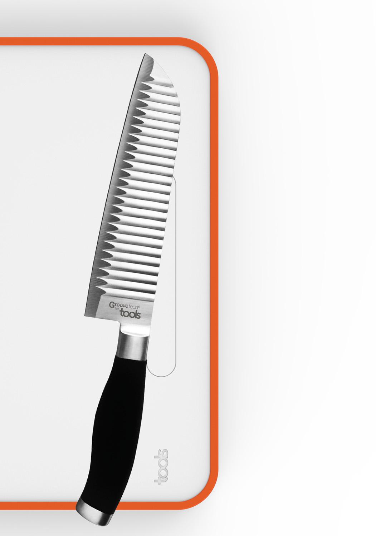 IDÉAL avec la CUTTING BOARDS - Compagnon idéal avec la planche multifonctions CUTTING BOARDS avec insert magnétique qui sécurise le couteau sur la planche.EN SAVOIR PLUS