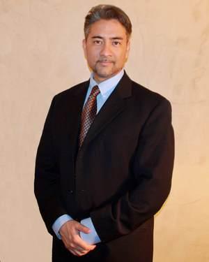 Dr+Clifford+Baker+Suit.jpg