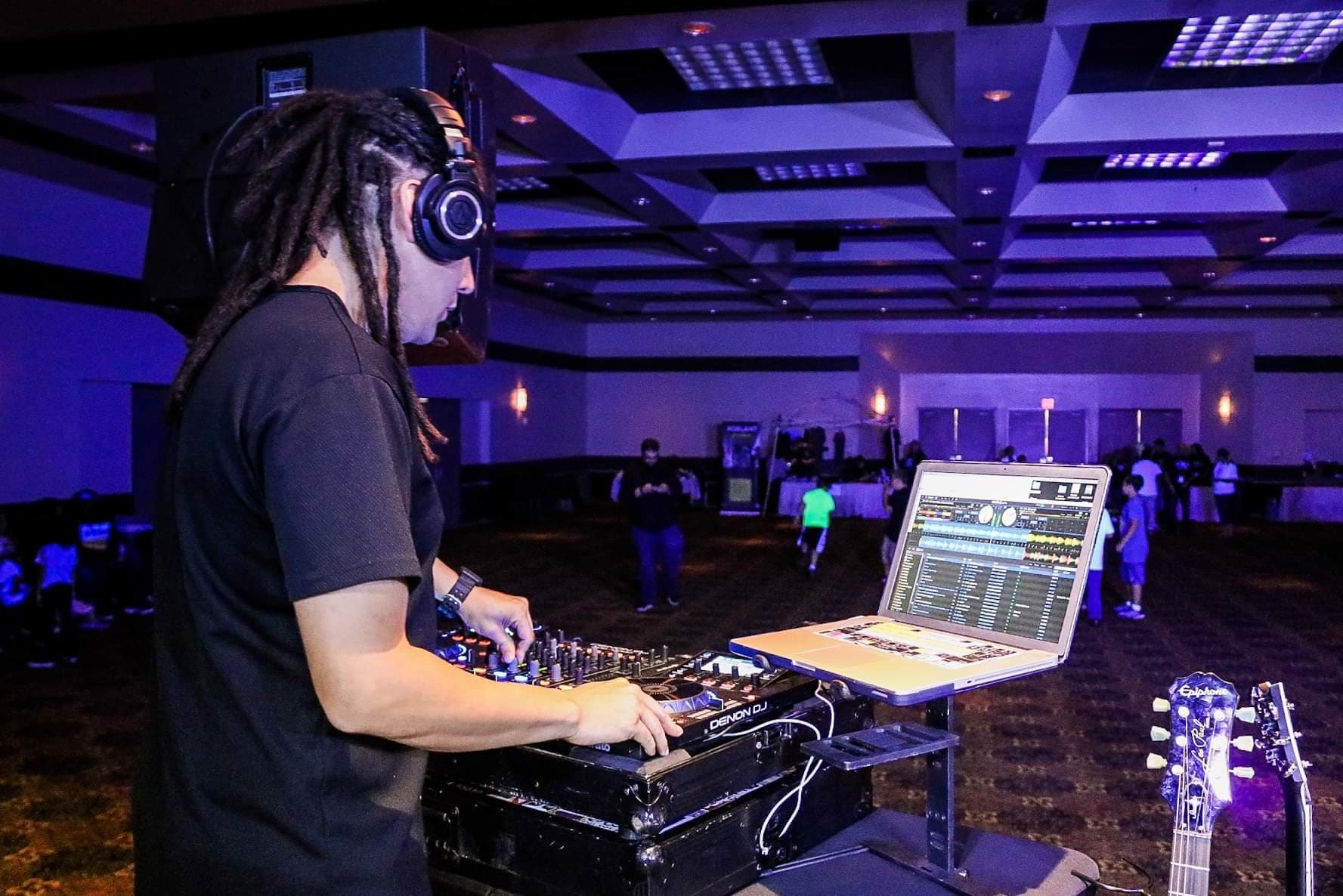 DJ_Check.jpg