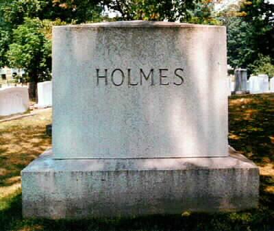 Tumba del juez Holmes en Arlington.