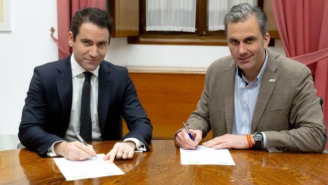 Teodoro-Garcia-Parlamento-Javier-Ortega_EDIIMA20181227_0002_19.jpg