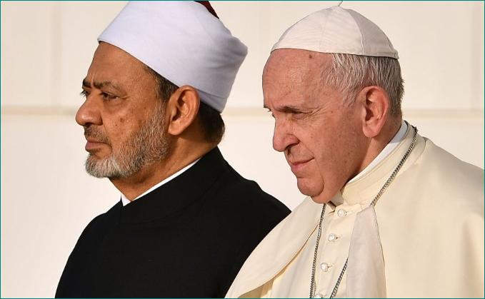 El Papa Francisco con el Gran Imán de la Mezquita de Al Azhar, Ahmed Al Tayeb.