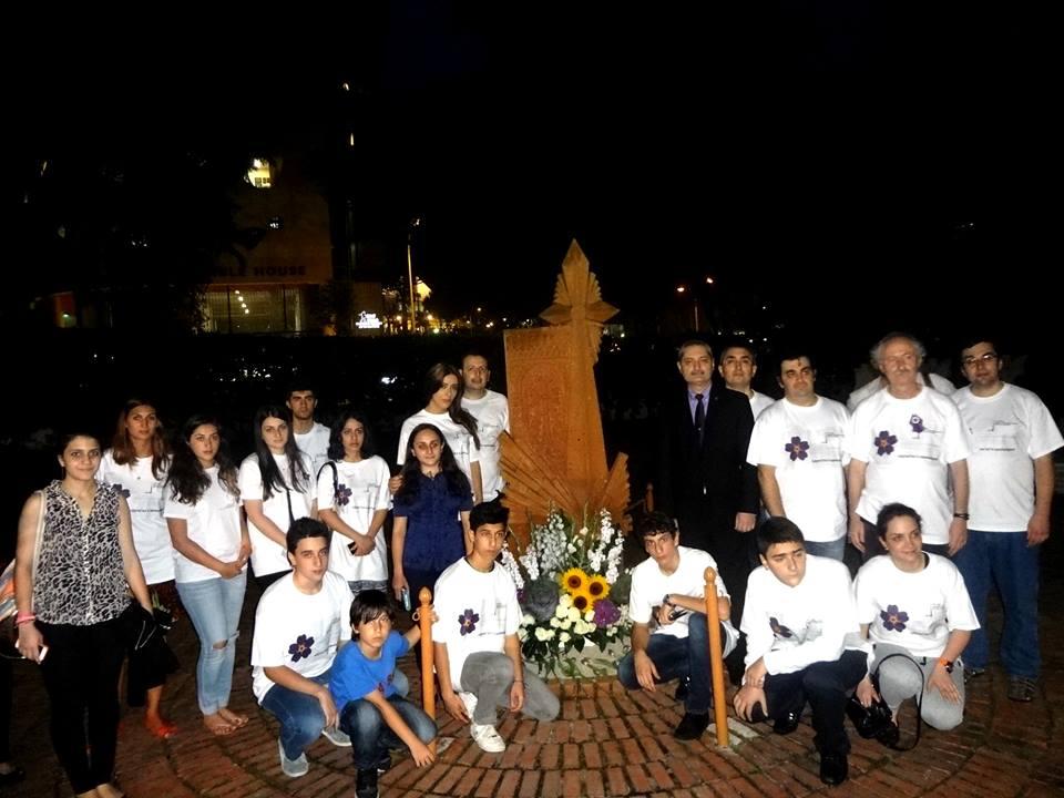 2015-04-24-100th-anniversary-armenian-genocide1.jpg