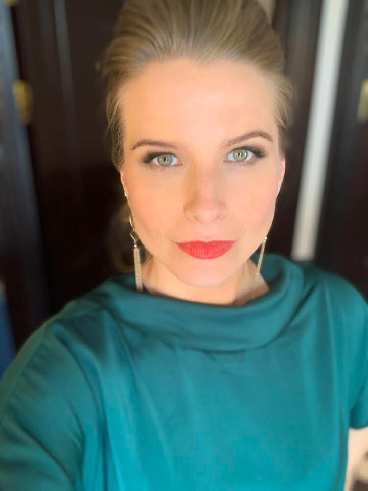 the-madeup-team-edinburgh-bridal-hair-and-makeup-201910.jpg