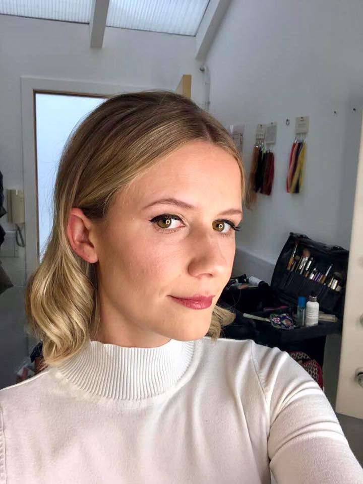 the-madeup-team-edinburgh-bridal-hair-and-makeup-20198.jpg