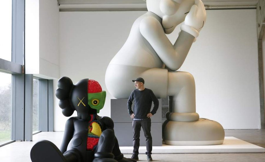 not-just-cause-5-great-reasons-to-collect-kaws-toys-900x450-c.jpg