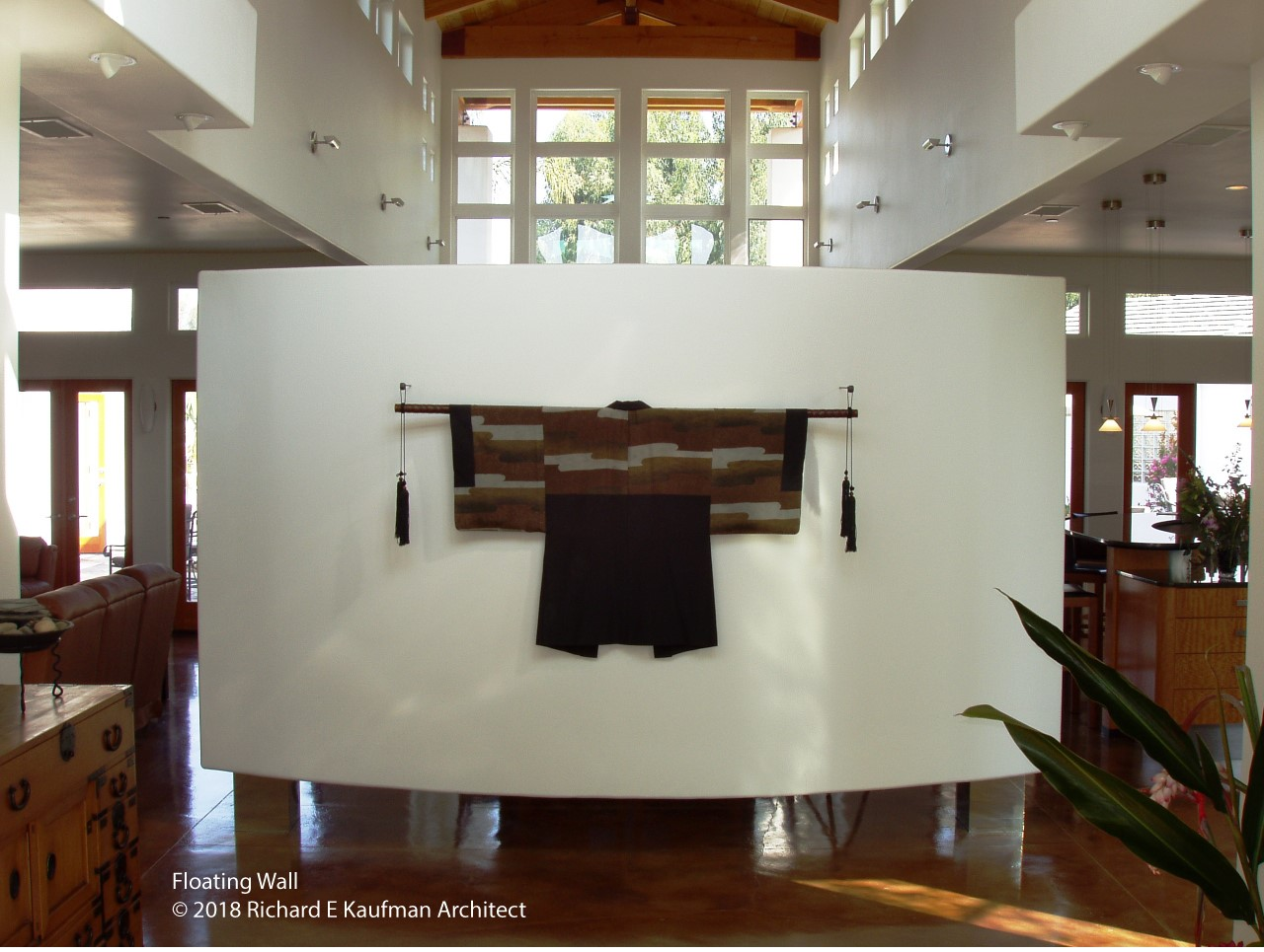 Floating Wall as seen from the Foyer. The Great Room including the Dining Room table is on the other side of the wall.