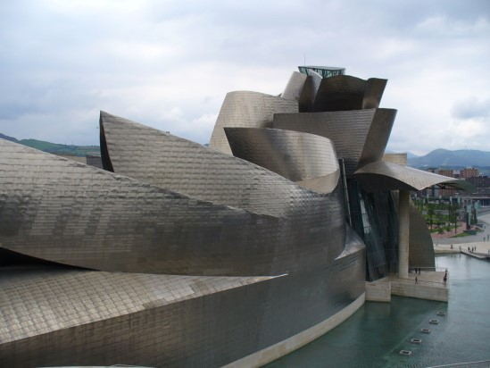 gehry-right-01.jpg