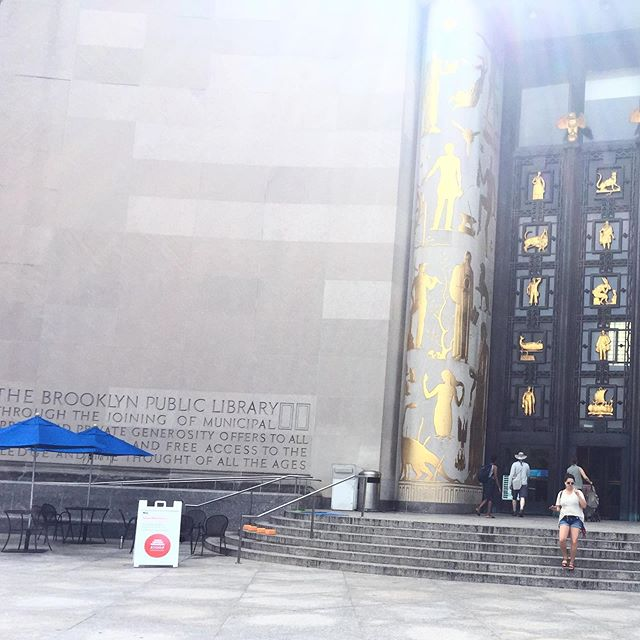 I absolutely love this place 📚Tomorrow is the last Fall Stoop Meditation at @bklynlibrary Central Branch at Grand Army Plaza,  8:20-8:50am, FREE.  No rsvp needed. We'll be outside on those steps in the photo, you'll see us! It's been amazing getting to know the staff, the security guards, and witnessing the close knit community that is always alive at every hour at the library.  I hope you can all make it tomorrow! And if you can't, pop over to the library soon, and check out their amazing free programming or grab a coffee at their cafe and relax on the plaza.  And if you're ever feeling alone or down, again, stroll over to the library.  There's some kind of magic community feel there - so much life happening - it's amazing 🙏 #brooklyn #brooklynmeditation #community