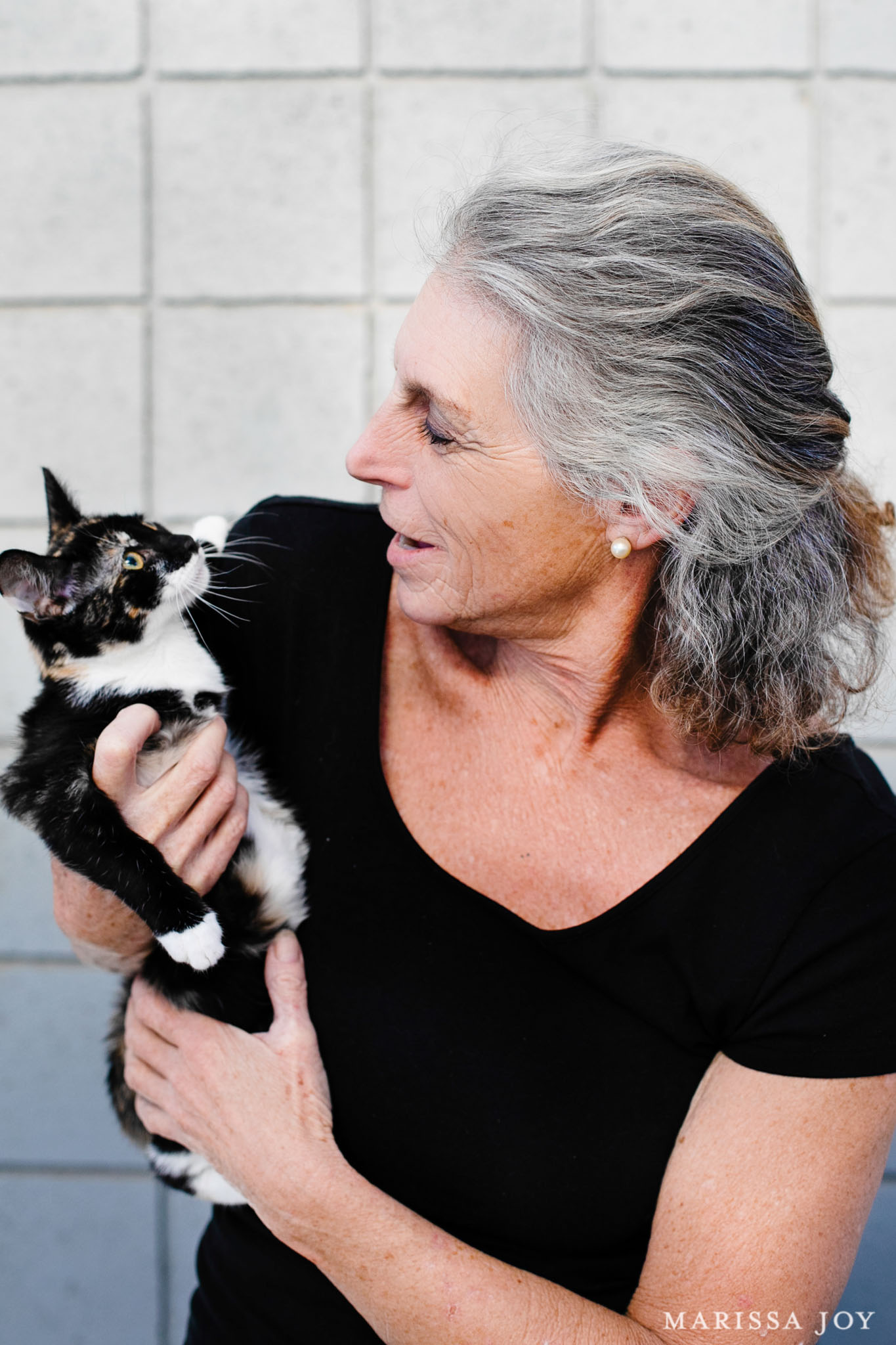 Cynthia Lauren - Founding Member; Chair of the Board, AGAS Committee, Fundraisingfriendsofsmshelter@gmail.com