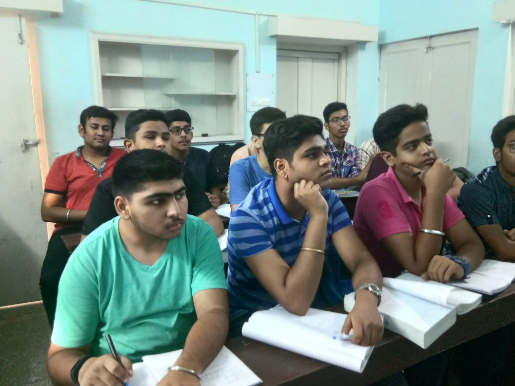 Ashish Classes Bareilly.jpeg