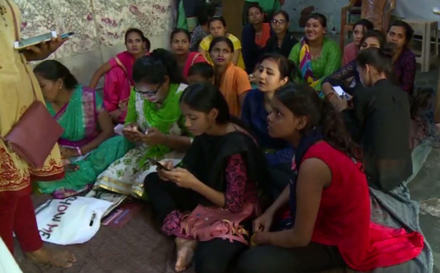 Mahila Panchayat Delhi.JPG