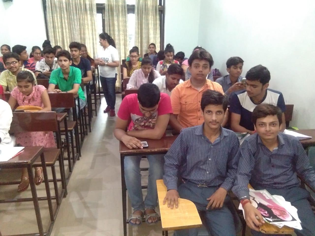 Gurukul Classes Bareilly.jpeg