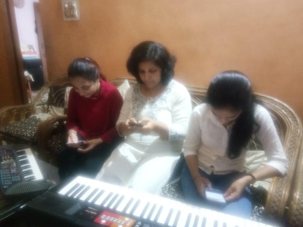 harmony music classes.jpeg