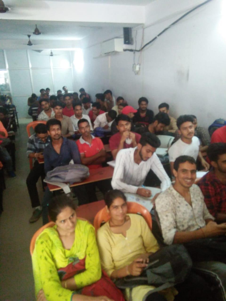 himalya academy.jpeg