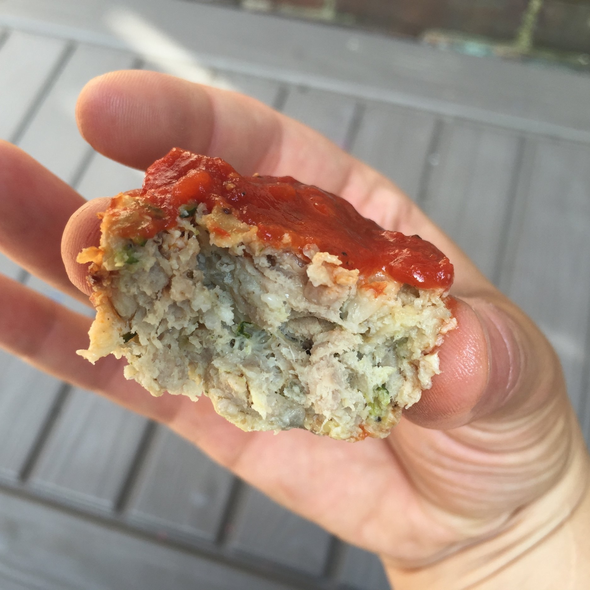 Mini Turkey Meatloaves - rosemary + parm make for fancy finger foodbellybootcamp.ca