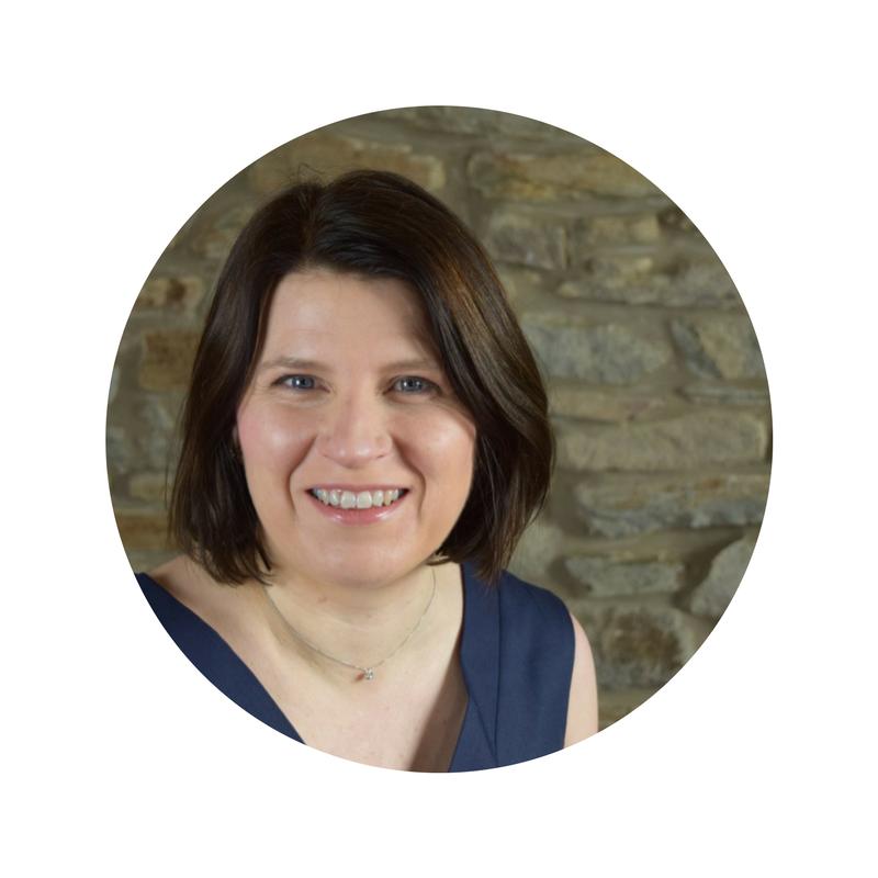 Debbie Aurelius profile pic.png