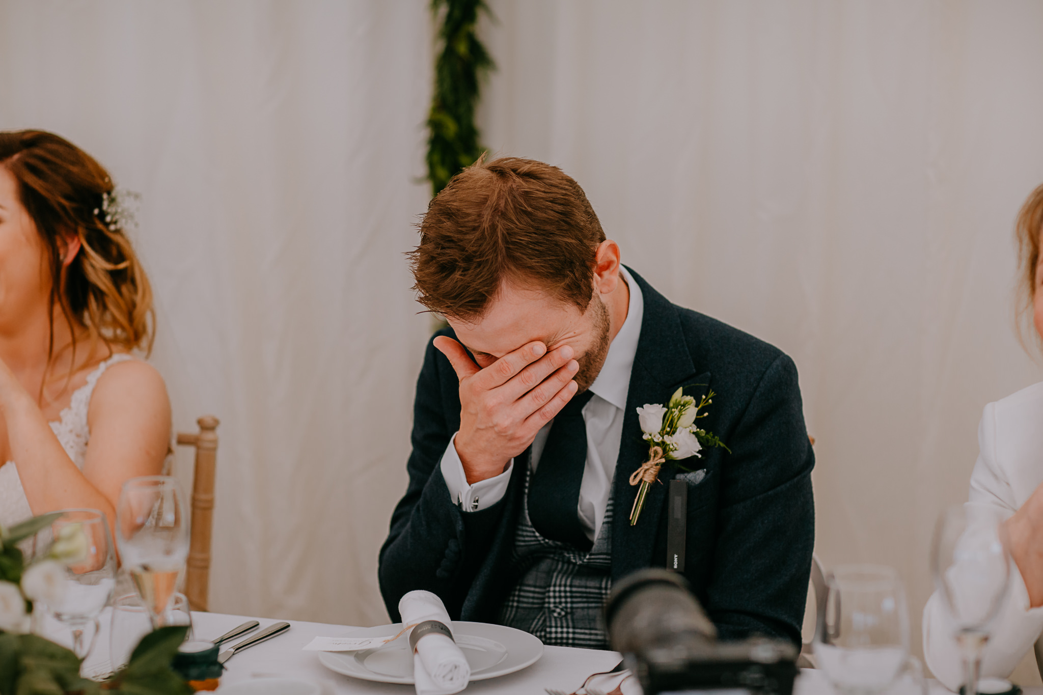 embarrassed groom wedding speeches