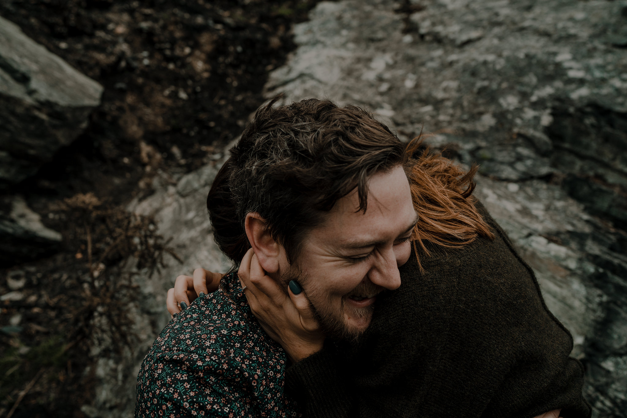 couple-hugging-mourne-mountain-engagement
