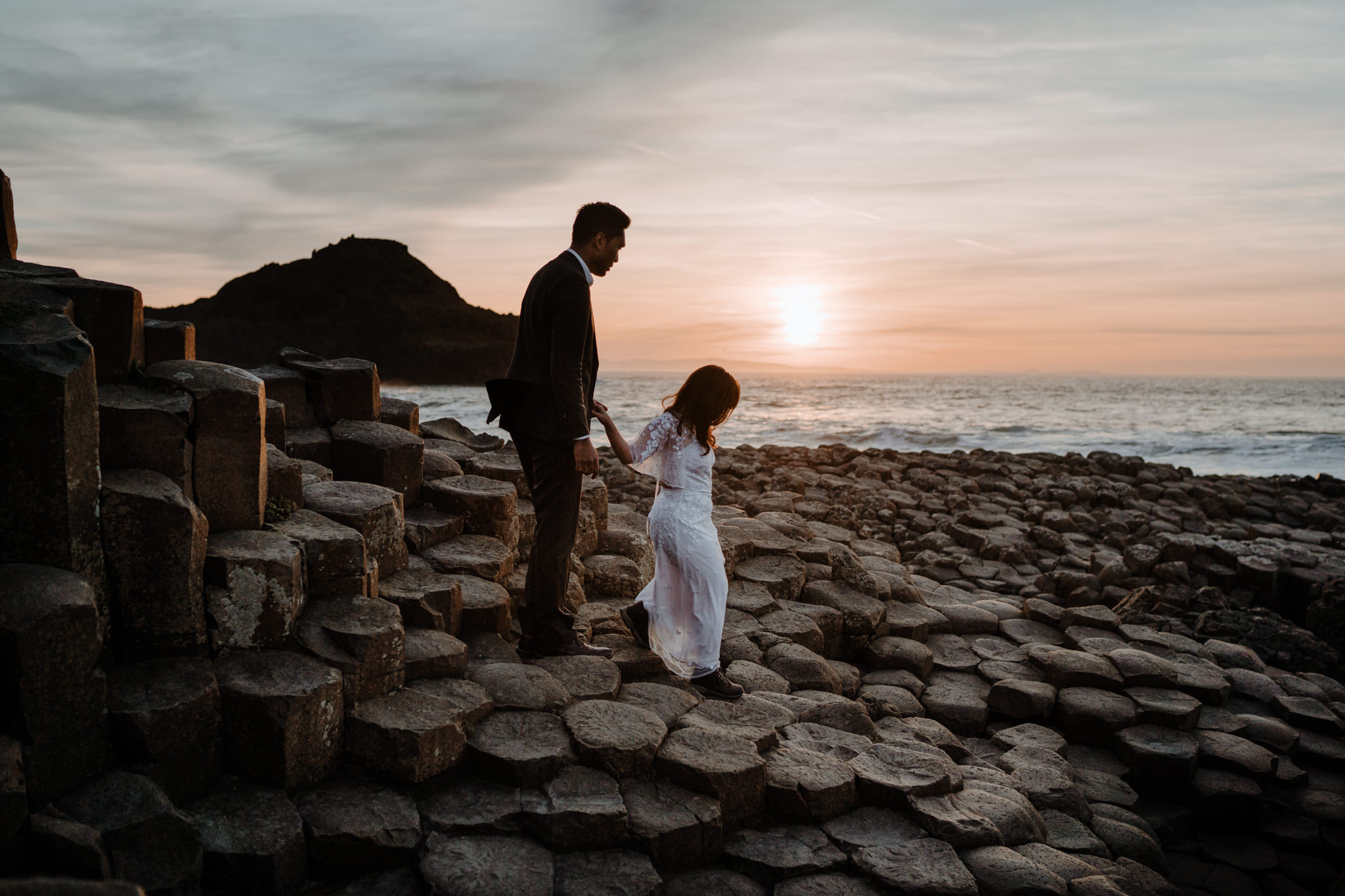 giants-causeway-adventure-pre-wedding-session