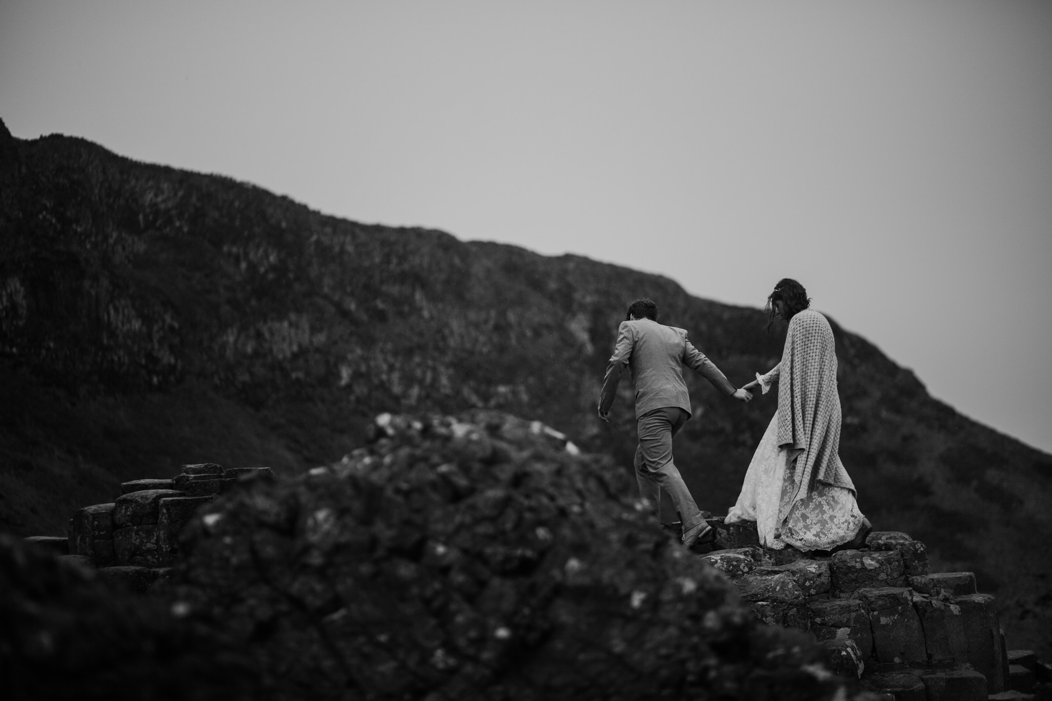 adventure-elopement-photographers-giants-causeway