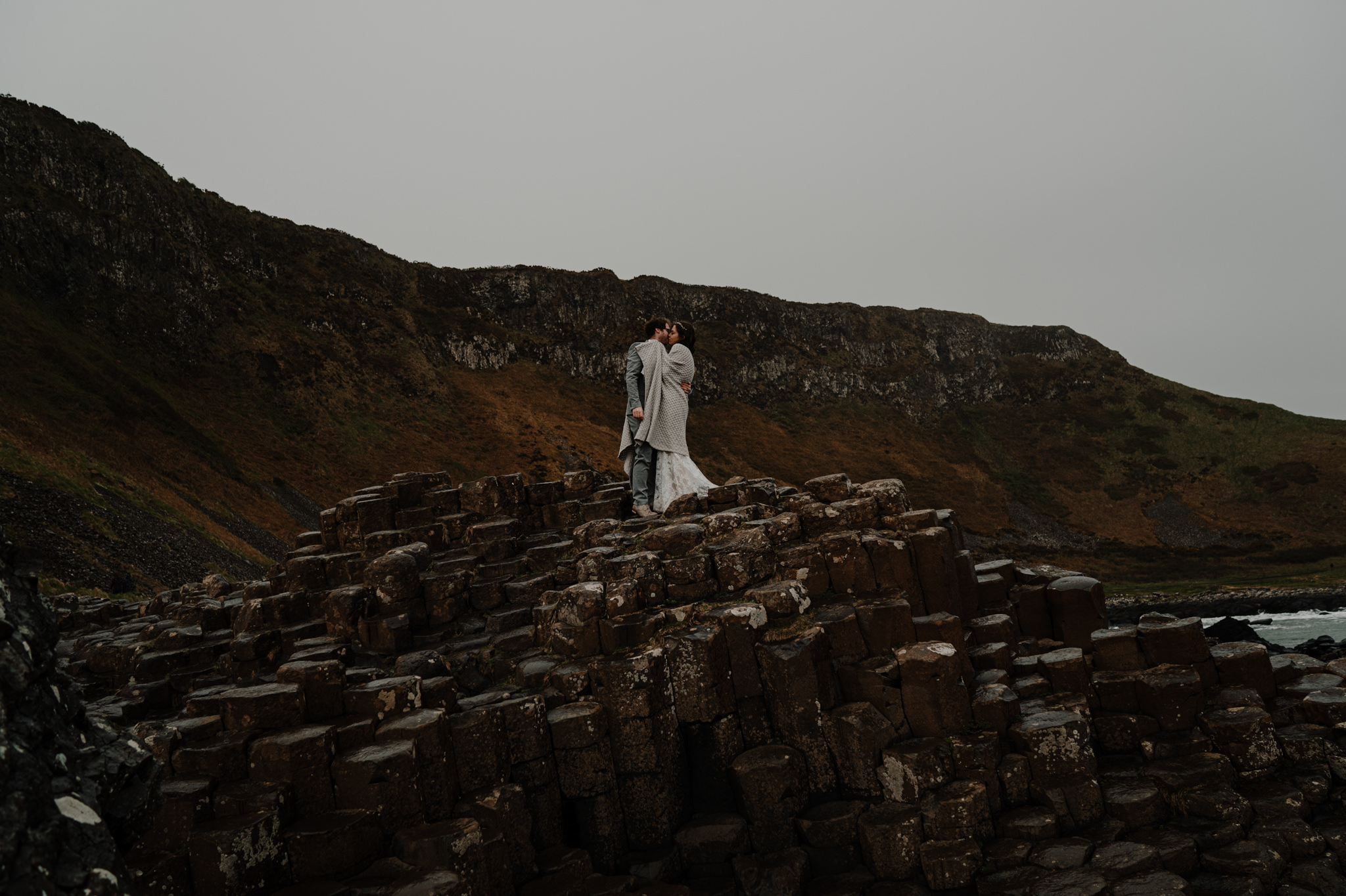 dunluce-castle-giants-causeway-adventure-elopement-M+S-219.jpg