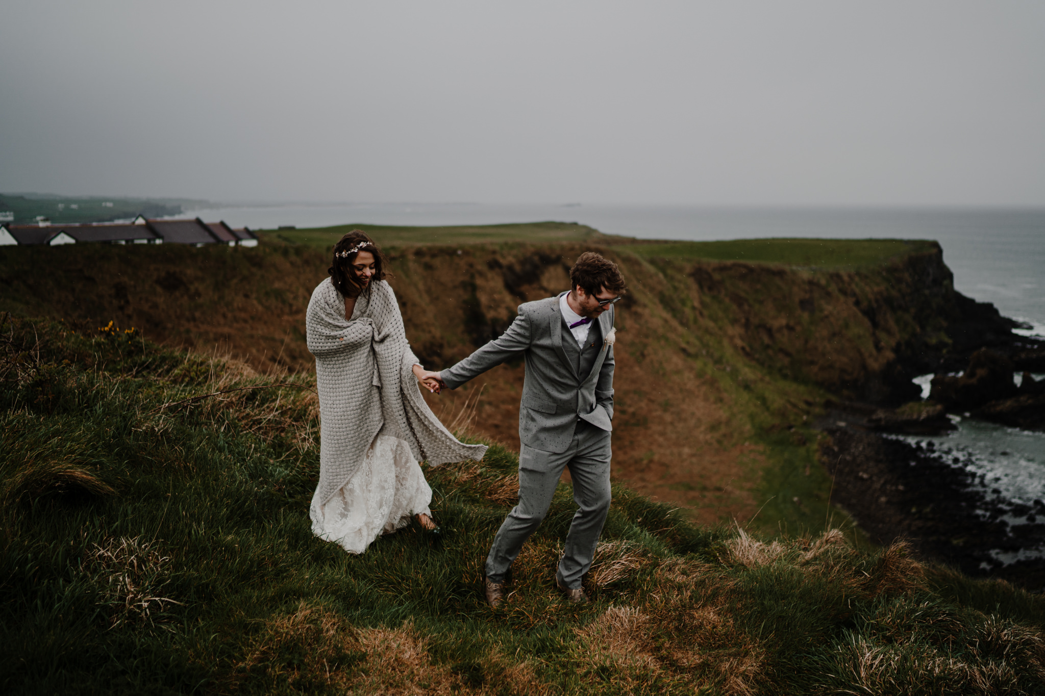dunluce-castle-giants-causeway-adventure-elopement-M+S-196.jpg