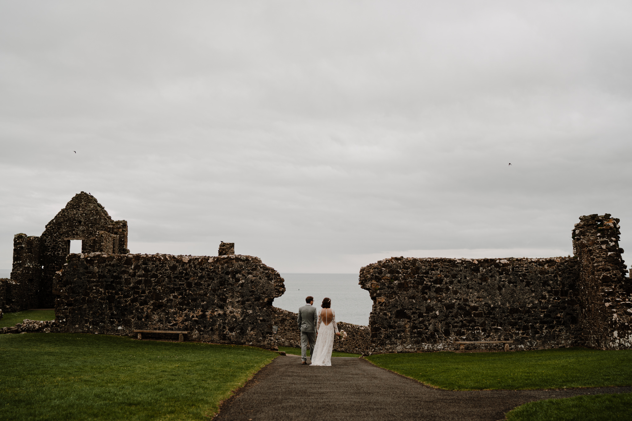 dunluce-castle-giants-causeway-adventure-elopement-M+S-84.jpg