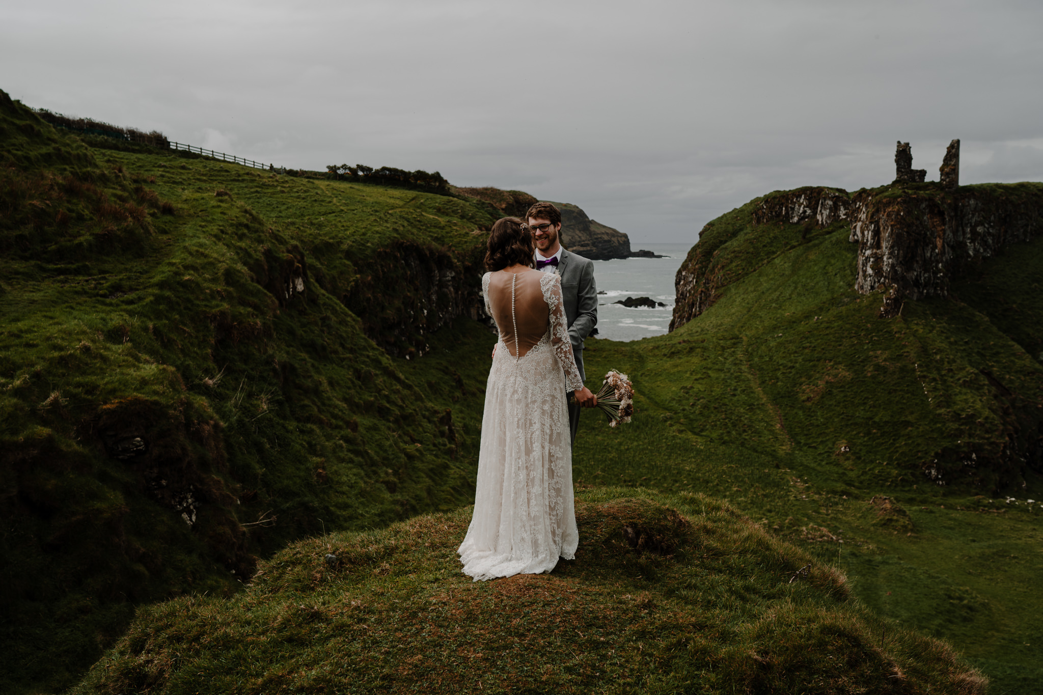 dunluce-castle-giants-causeway-adventure-elopement-M+S-65.jpg