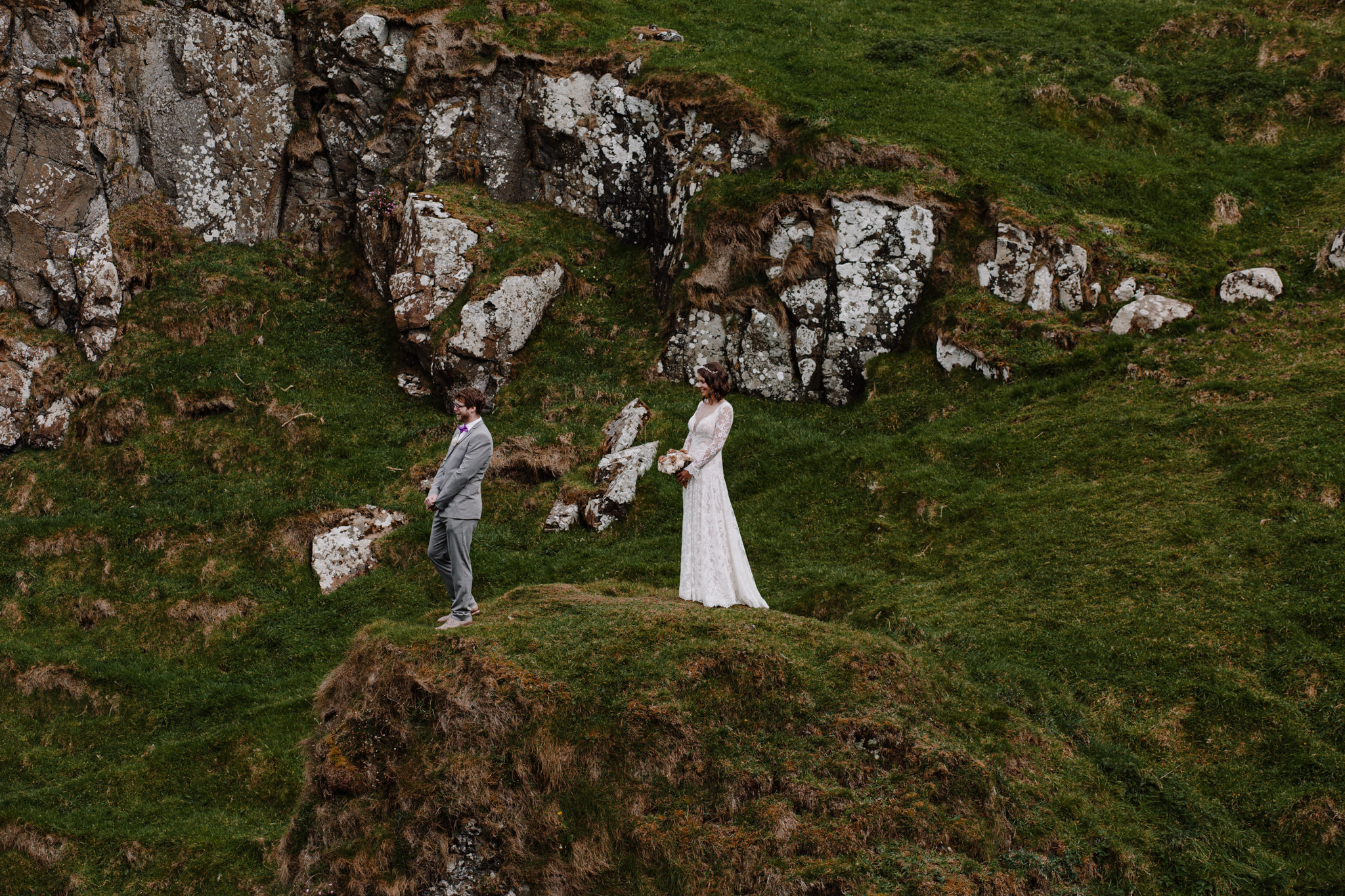 dunluce-castle-giants-causeway-adventure-elopement-M+S-52.jpg