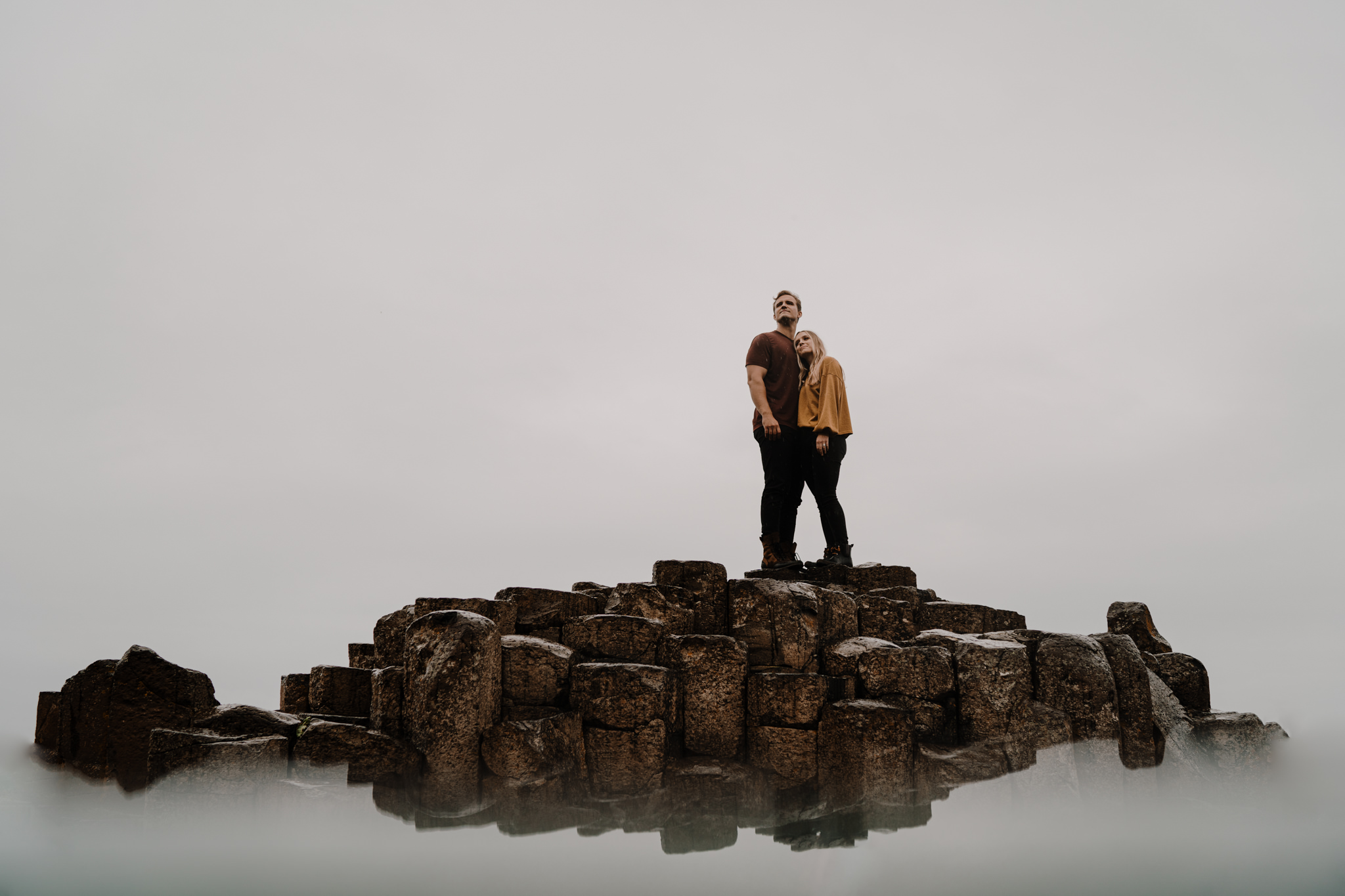 giants-causeway-adventure-ireland-photographer-engagement-session