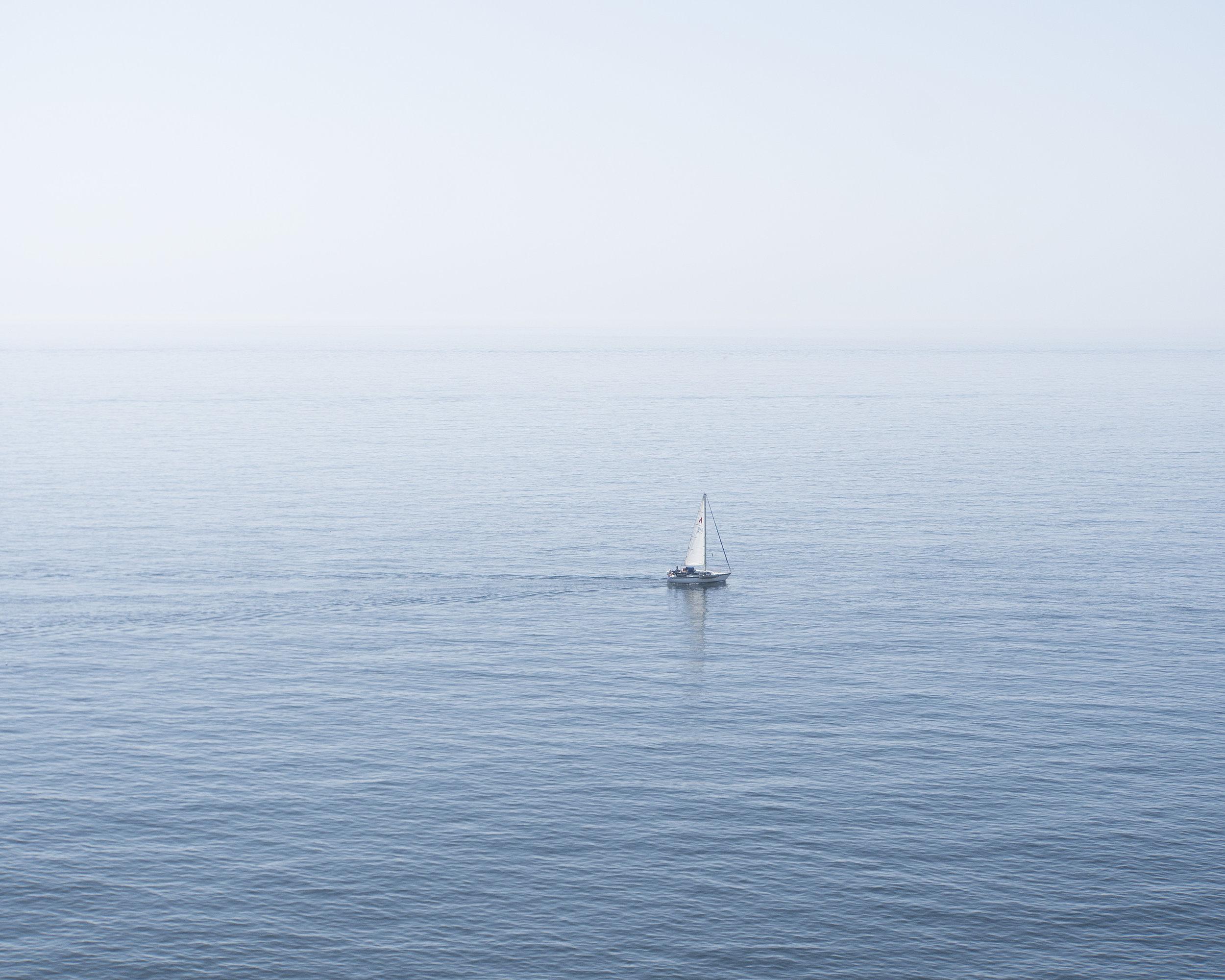 sailboat2.jpg