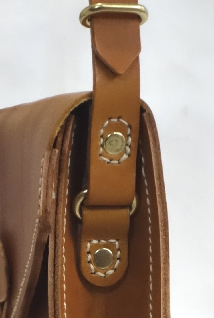 T&CMouse Manila bag #2 detail 2.jpg