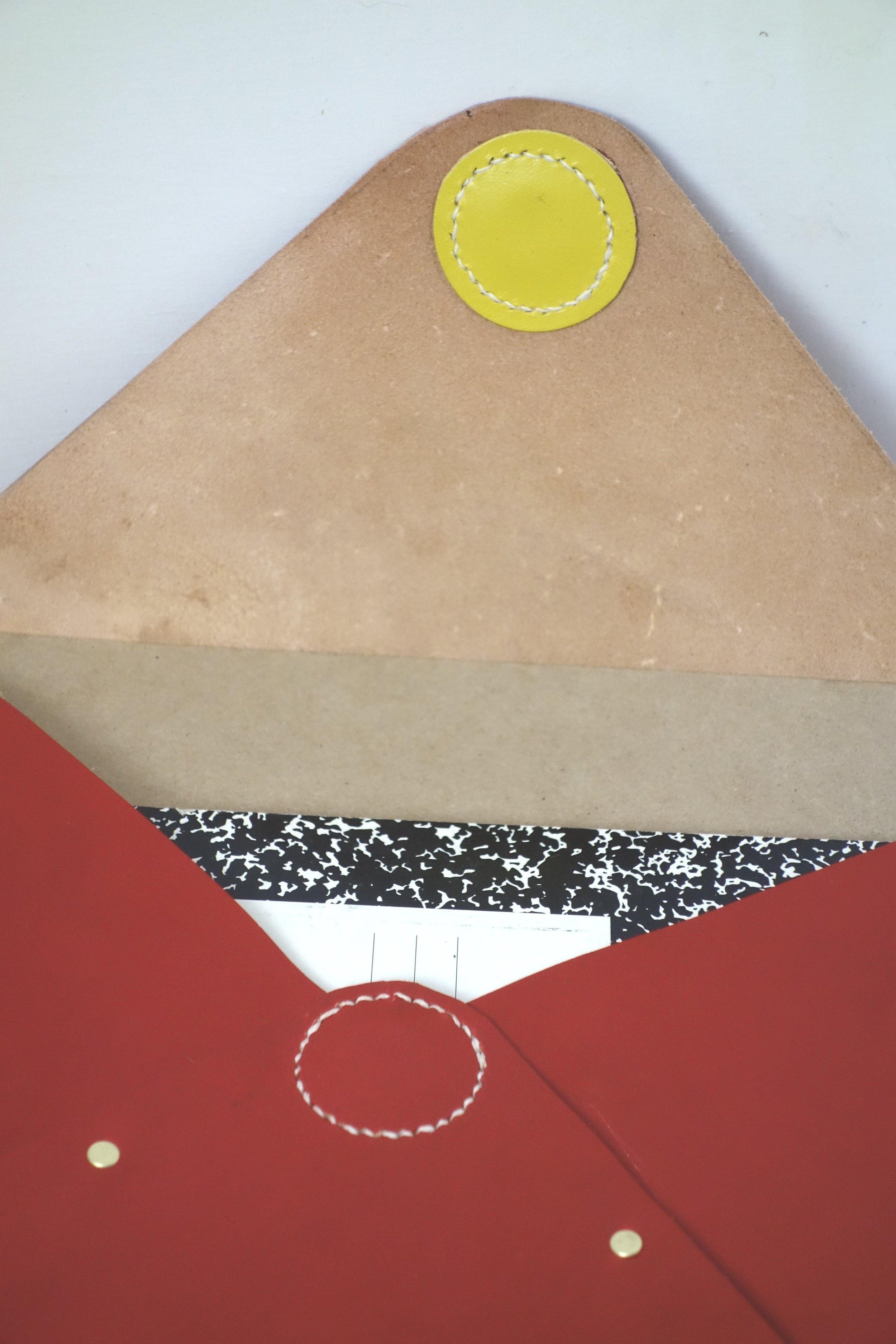 T&C Mouse-red-folder-inside1.jpg
