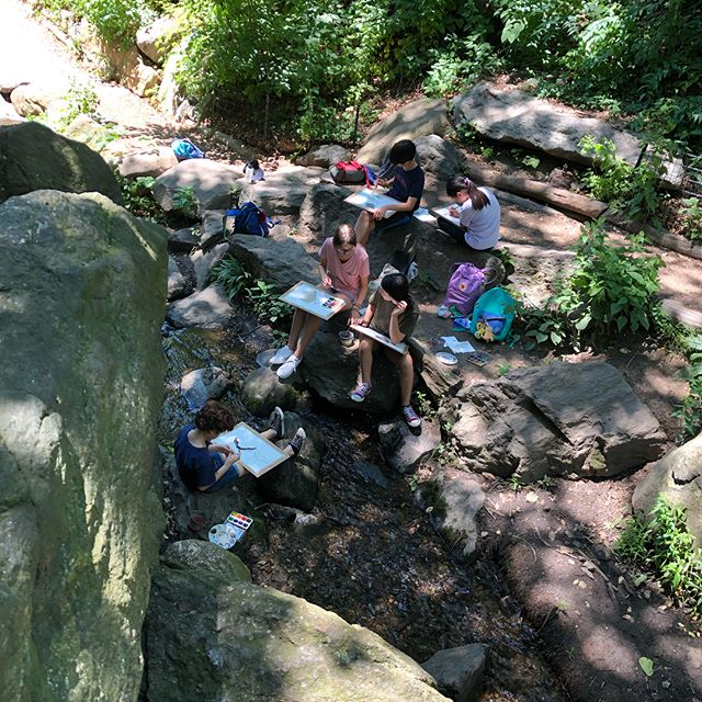 We had an awesome watercolor painting day at the Ramble at centralpark #centralpark #kidswork #watercolor #portfolioprep #landscape #artclassesforkids #wetpaintartstudio #artwork #summertime #summerday